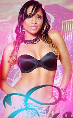 KING WEB GIRL OF THE WK! ♥ Black & Cuban sensation ♥ FT student ♥ Seen in Gorgeous, AsIs & The Source mags
